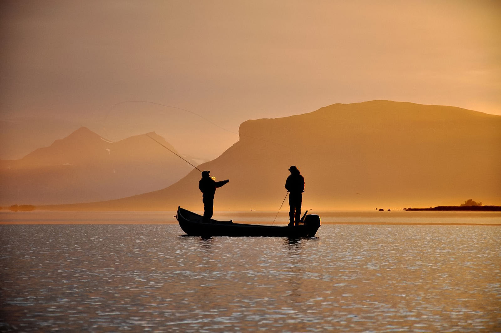 Fish Your Dream Fiske i solnedgången